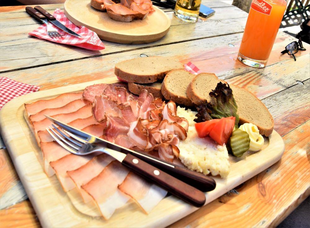Mangiare prosciutto crudo, salame, lonza e bresaola in gravidanza
